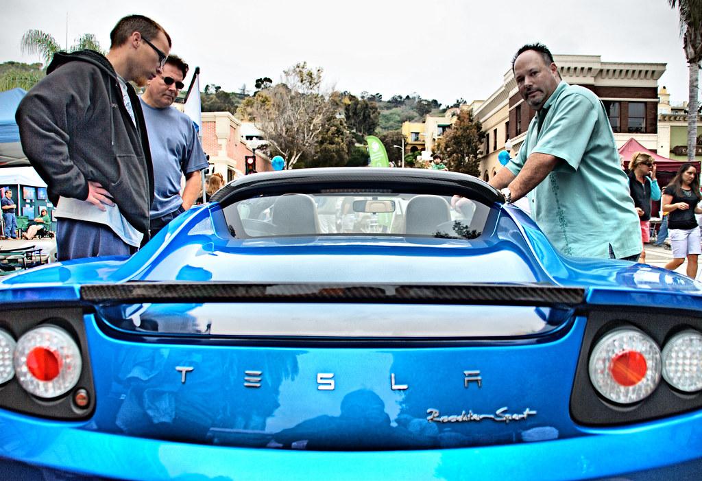 Tesla Roadster, 1