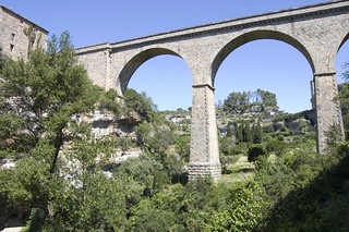 Minerve's bridge