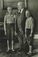 Widower with sons, by August Sander ca. 1906-07