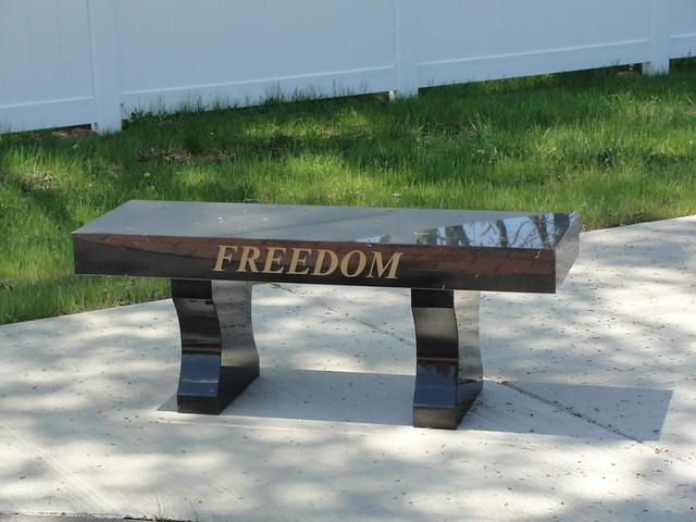 Veteran 39 S Memorial Park Bench Veteran 39 S Memorial In Columb Flickr Photo Sharing