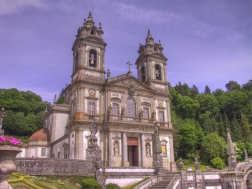 portugal church canon geotagged powershot g1 hdr braga prt canonpowershotg1 powershotg1 photomatix 3exp senhoradarocha geo:lat=4155491895 geo:lon=837775648