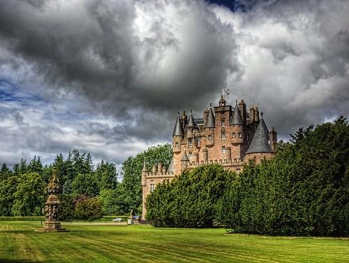 castle clock clouds geotagged scotland angus sundial glamis geo:lat=56606944 geo:lon=300533