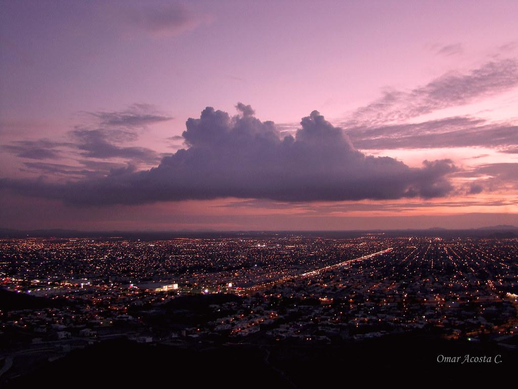 ATARDECER EN HERMOSILLO, SONORA, MÉXICO.