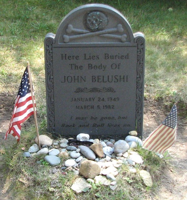 Grave site of John Belushi - Martha's Vineyard MA | Flickr ...