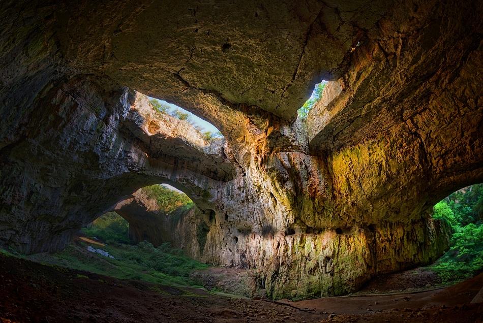 Порно в пещери фото 666-145