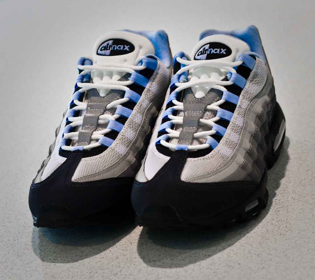 the latest 62fc7 3cb9a Nike Air Max 95