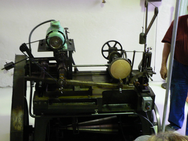 coin engraving machine