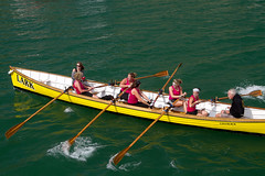 skiff(0.0), motorboat(0.0), fishing vessel(0.0), sea kayak(0.0), canoe(1.0), dinghy(1.0), vehicle(1.0), sea(1.0), rowing(1.0), watercraft rowing(1.0), boating(1.0), watercraft(1.0), canoeing(1.0), boat(1.0), paddle(1.0),