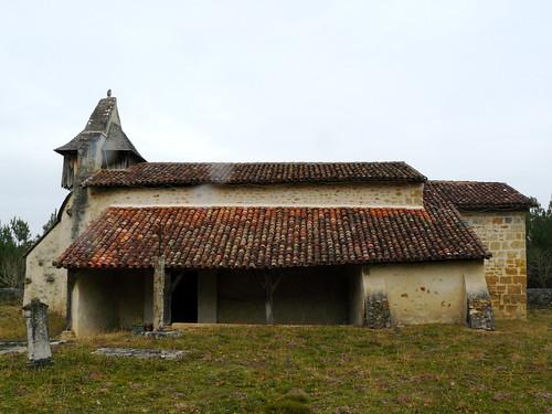 Saint Perdon (Landes): sous la pluie, la chapelle Saint Orens à 6-7 km du bourg, décorée par Claude Becq (mais fermée).