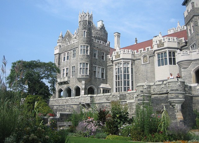 Beautiful castle of casa loma toronto ontario canada for Casa loma mansion toronto
