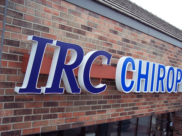 outdoor lighted signs chicago channel letters backlit signs chicago