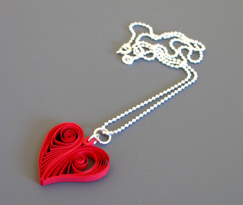 quilled paper heart pendant tutorial by Ann Martin