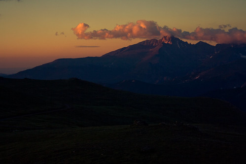 mountain clouds sunrise colorado rmnp longspeak rockcut rockymountinnationalpark johnjcurtis