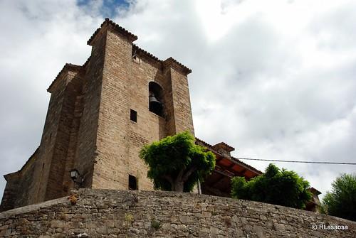 Garde, Valle de Roncal, Navarra by Rufino Lasaosa