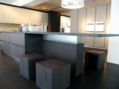 Hoge keukentafel of normale hoogte pos als neg ervaring bouwinfo - Eiland keukentafel ...