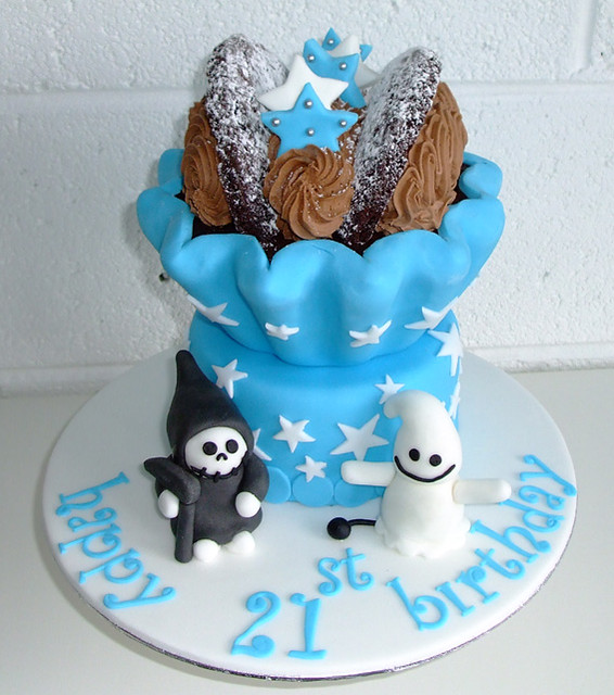 21st Cake Ideas For A Boy : giant cupcake boy s 21st birthday cake Flickr - Photo ...