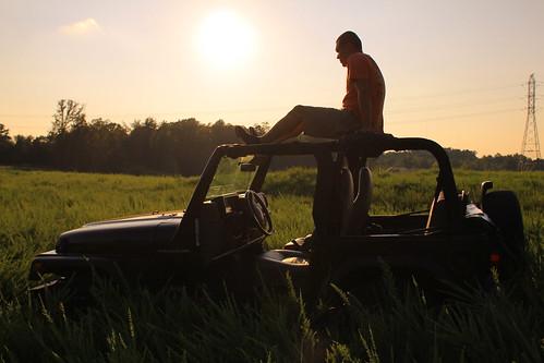 sun grass canon fun jeep offroad jeeps 4x4 country northcarolina 1997 canoneos harrisburg feild allwheeldrive wrangler 5speed newdevelopment 25l mudtires canont2i