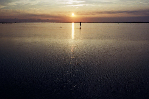 sunset sea reflection film water kodak taiwan 135 夕日 日落 高美溼地 台中 台湾 taizhong kodacolor200 pentaxlx gaomei 日没