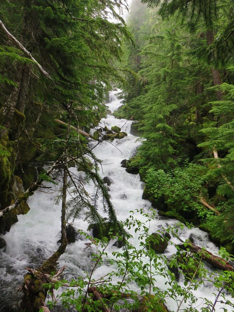 Upper Linton Falls above its final drop