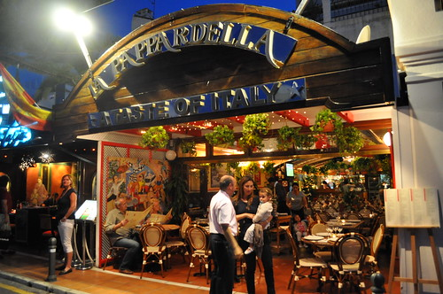 Restaurante la pappardella puerto banus marbella for Restaurante puerto rico madrid