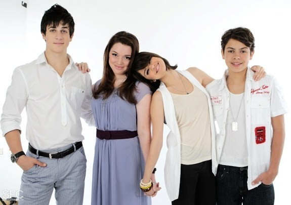 Wizards of Waverly Place Photo