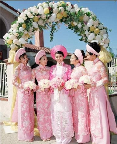 Vietnamese Wedding Dresses 44