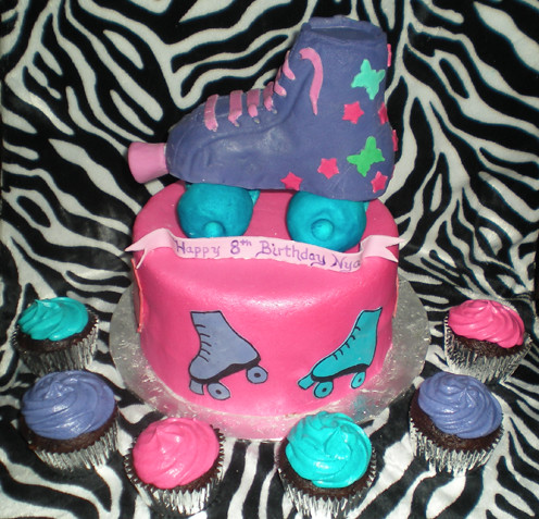 Lalaloopsy Birthday Cake on Pin Roller Skate Cake Thescottsdalebakerycom Cake On Pinterest