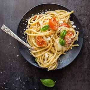 photo hot-caprese-pasta.jpg