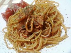 linguine(0.0), produce(0.0), spaghetti alla puttanesca(1.0), vegetarian food(1.0), bucatini(1.0), spaghetti(1.0), pasta(1.0), spaghetti aglio e olio(1.0), pasta pomodoro(1.0), bolognese sauce(1.0), naporitan(1.0), pici(1.0), food(1.0), dish(1.0), chinese noodles(1.0), carbonara(1.0), bigoli(1.0), cuisine(1.0),