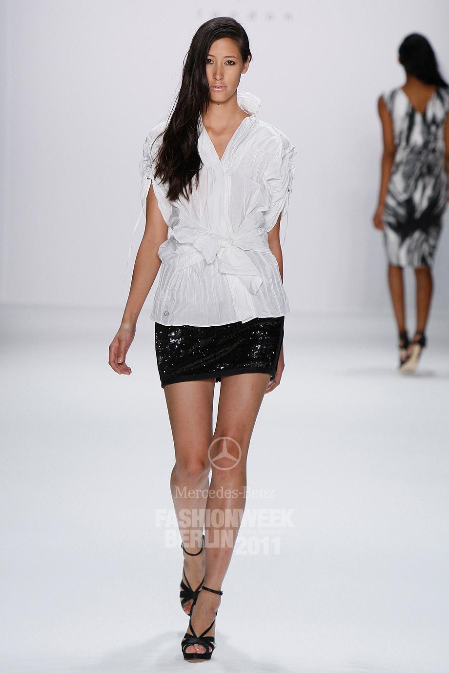 Модные Белые Блузки 2014 В Санкт Петербурге