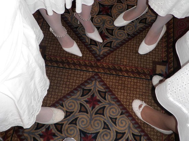 Convention 2010 - Ladies in White
