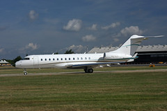 light aircraft(0.0), mcdonnell douglas dc-9(0.0), bombardier challenger 600(0.0), gulfstream v(0.0), gulfstream iii(0.0), flight(0.0), boeing 717(0.0), airline(1.0), aviation(1.0), narrow-body aircraft(1.0), airliner(1.0), airplane(1.0), vehicle(1.0), embraer erj 145 family(1.0), business jet(1.0), jet aircraft(1.0), aircraft engine(1.0),