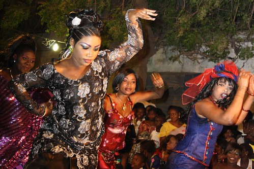 <p>Maman Diallo, the star of the evening, dances with her choreographed crew in between improvised segments.</p>