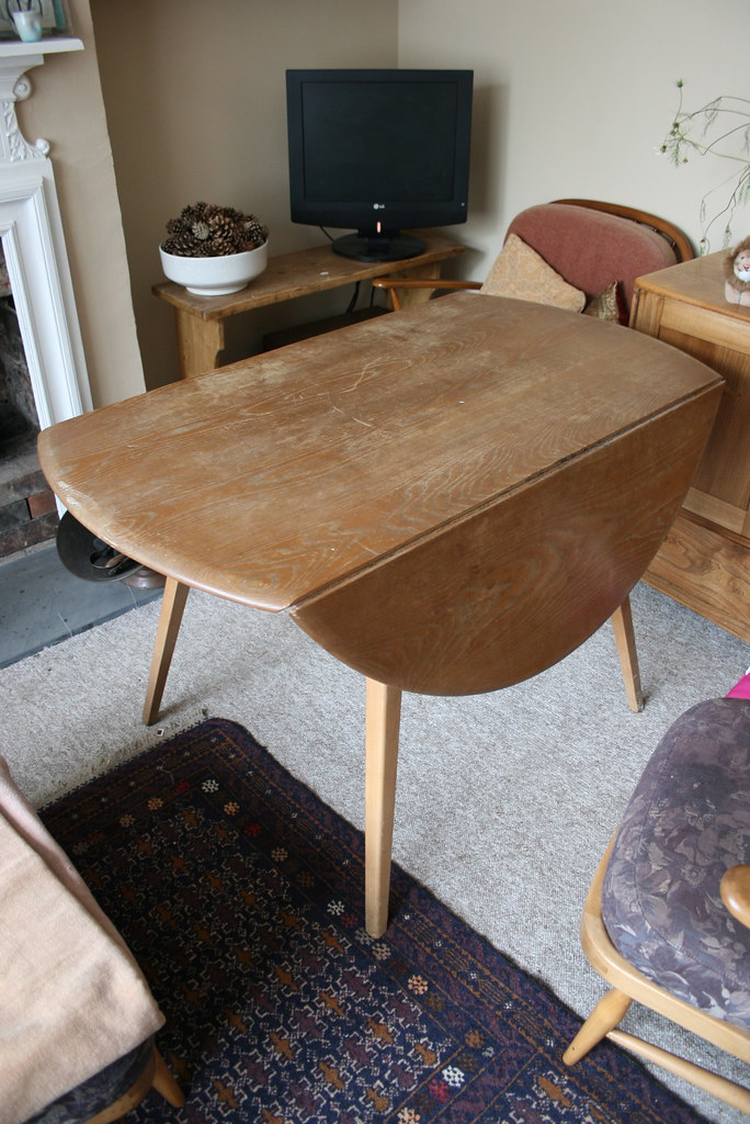 Ercol Oval Dining Table