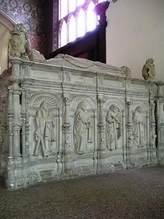 Tomb of Thomas Howard, 3rd Duke of Norfolk - The Church of St Michael, Framlingham, Suffolk.