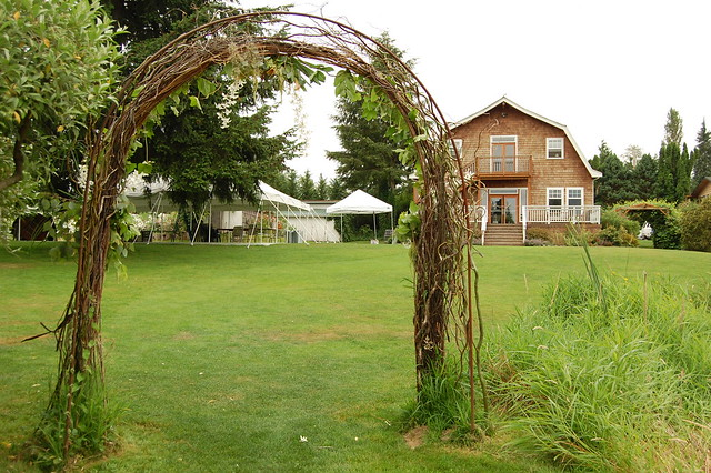 A Country Location Wedding Arch Picturesque country setting with