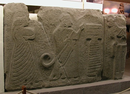 DSCN7726 Alacahöyük (gauche du sphinx)