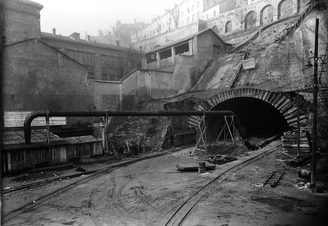 Am nagement lors de la construction du tunnel de la croix for Construction de tunnel