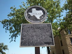 Photo of McCulloch County Courthouse black plaque