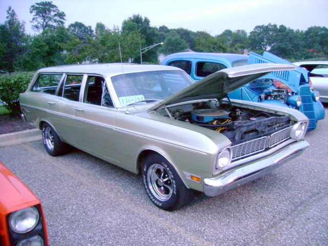 1968 ford falcon wagon lost in the 50s cruise night at. Black Bedroom Furniture Sets. Home Design Ideas