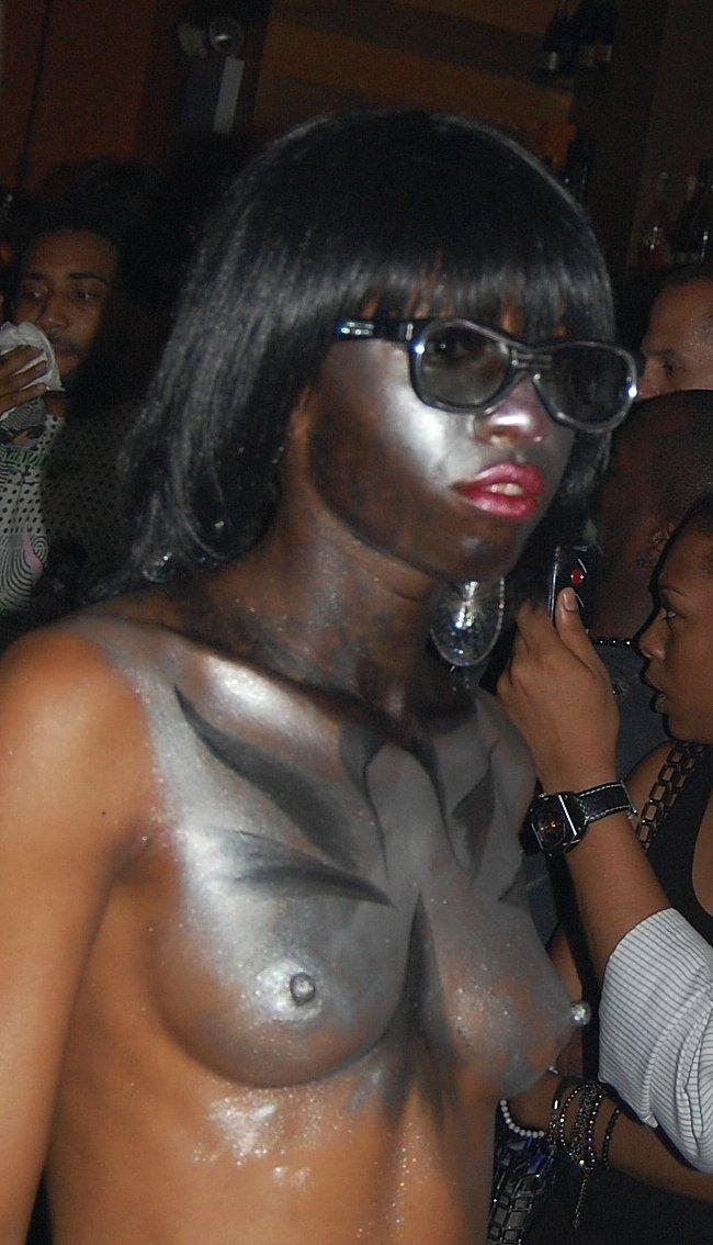breast bodypaint