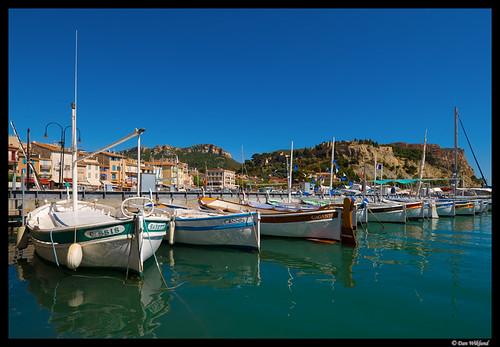 france boat seaside cotedazur riviera cityscape harbour côtedazur oceanside d200 provence 2008 cassis mediterrenean urbandlandscape