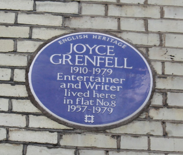 Joyce Grenfell blue plaque - Joyce Grenfell (1910-1979) entertainer and writer lived here in flat no.8 1957-1979