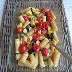 ©Tortiglioni mit gerösteten Zucchini, Tomaten & Knoblauch