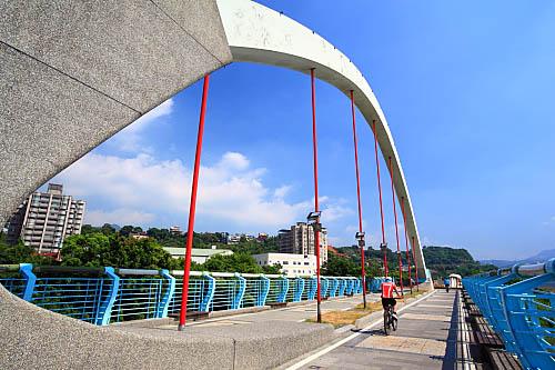 301J八里左岸自行車道-觀音坑溪橋