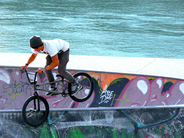 BMX Color App http://www.flickr.com/photos/t2thestreet/4866056240/