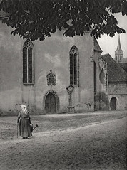 Cathedral Close, Germany 1925, by E.O. Hoppe