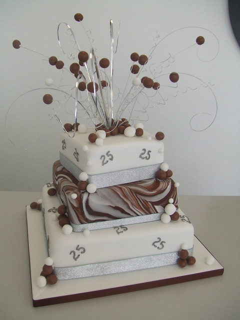 Pictures of 25Th Anniversary Cakes http://www.flickr.com/photos/cakechester/4927793804/