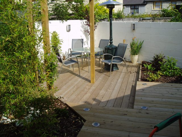 Split level deck flickr photo for Split level garden decking