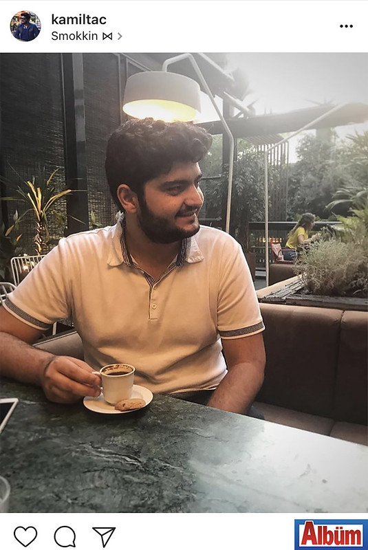 İstanbul Kadir Has Üniversitesi'nde öğrenci olan Kamil Taç, Bağdat Caddesi'nde bulunan bir mekanda Türk kahvesi eşliğinde günün yorgunluğunu attı.